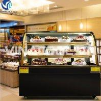 tủ trưng bày bánh kem kính cong 3 tầng vinacool