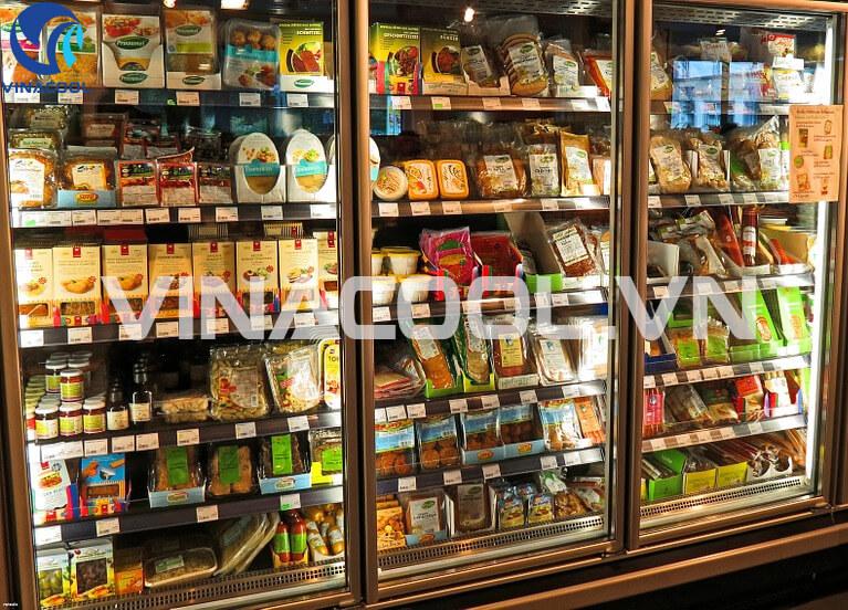 Cách loại bỏ mùi hôi tủ trưng bày thực phẩm siêu thị