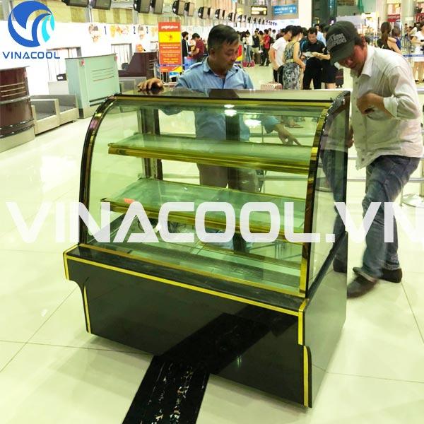 mua tủ trưng bày bánh kem ở TPHCM