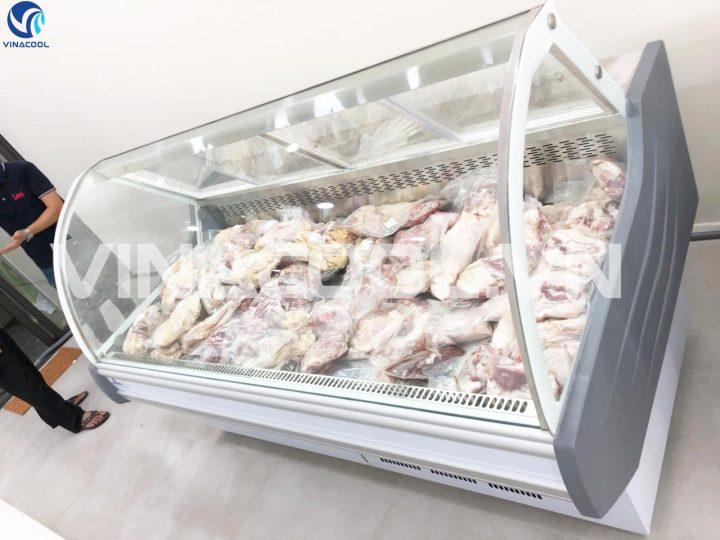 tủ trưng bày bảo quản thịt tươi Vinacool