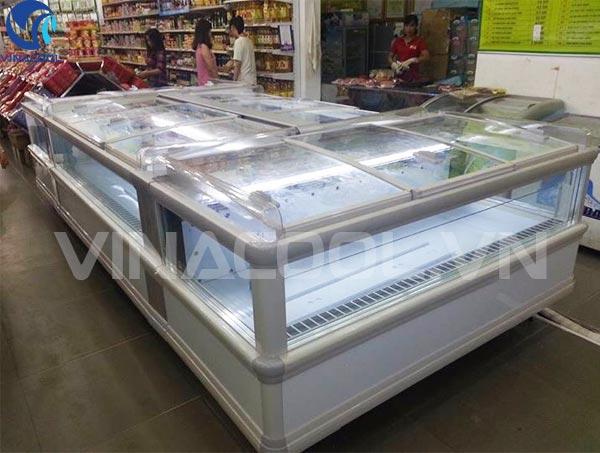 tủ đông Vinacool là thiết bị không thể thiếu trong các siêu thị