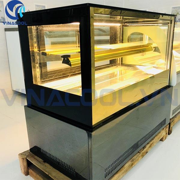 tủ trưng bày bánh kem đề bàn kính vuông