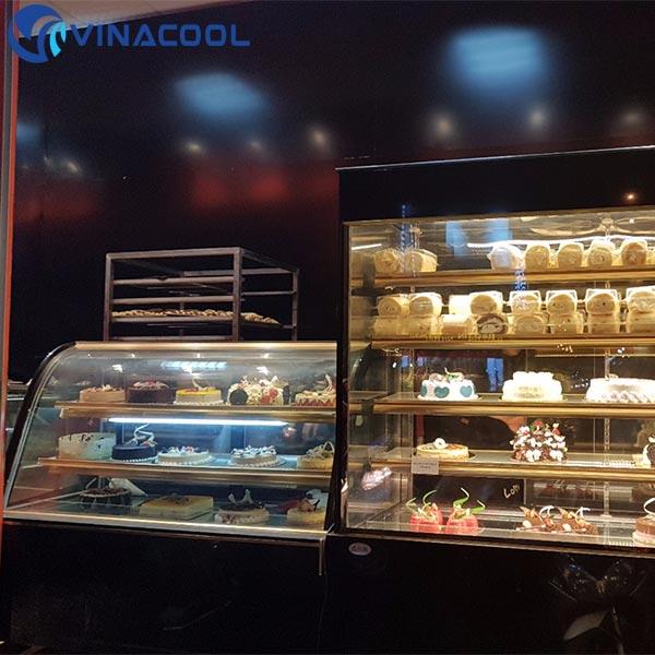 tủ trưng bày bánh kem đẹp
