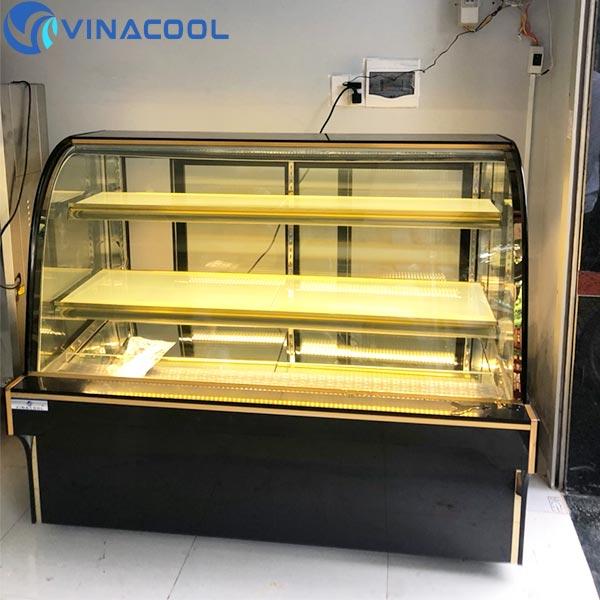 tủ trưng bày bánh kem kính cong Vinacool
