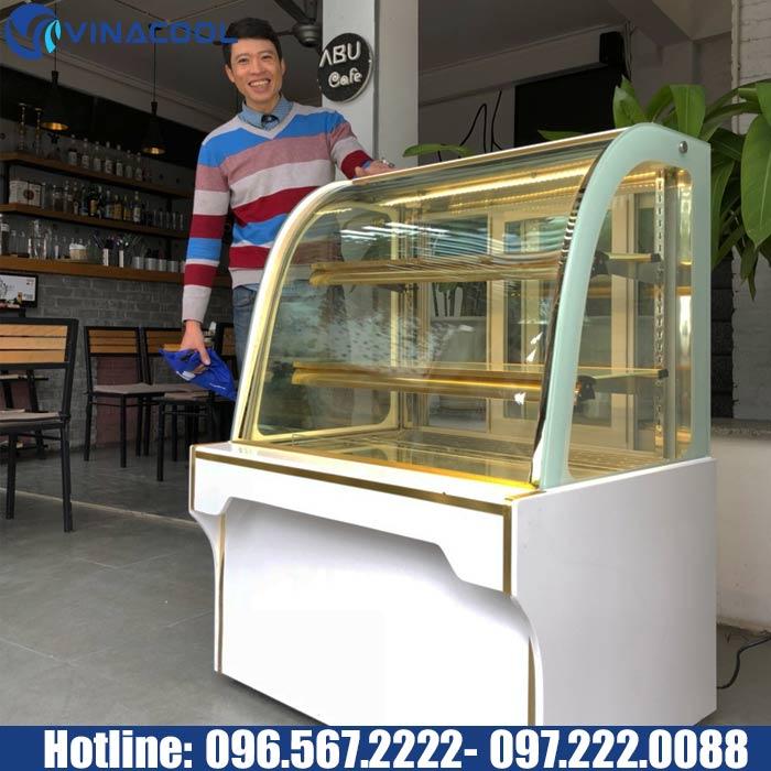 38595ab626 Thị trường các dòng tủ trưng bày bánh kem những năm gần đây rất sôi động do  nhu cầu mở tiệm bánh ngày càng gia tăng