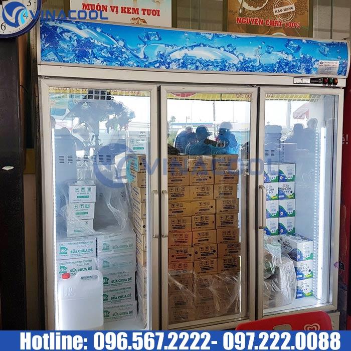 tủ bảo quản thực phẩm 3 cánh kính Vinacool