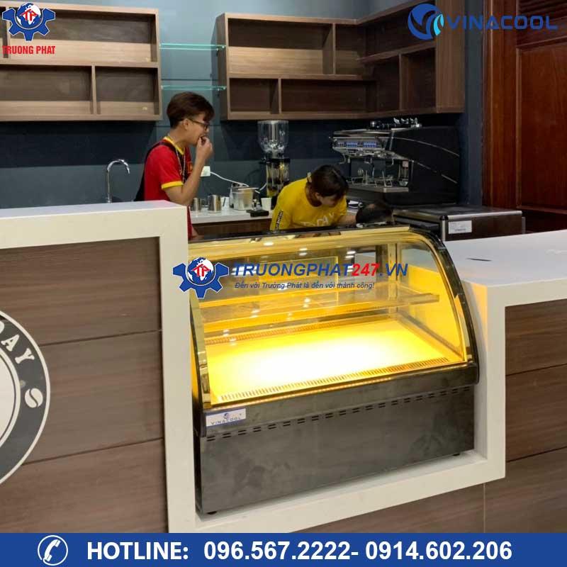 tủ bánh mini quán cafe