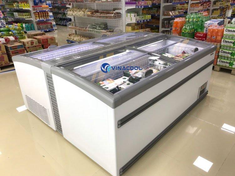 tủ đông siêu thị HR-2100D