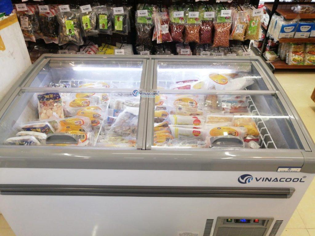 tủ đông nằm trưng bày hải sản lạnh